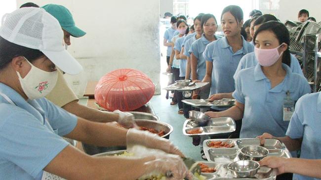 Nguyên tắc thực hiện chế độ ăn ca năm 2019