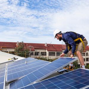 học kế toán công ty điện năng lượng mặt trời